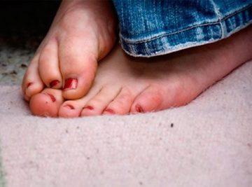 Почему потеют и мерзнут ноги - что делать чтобы не потели