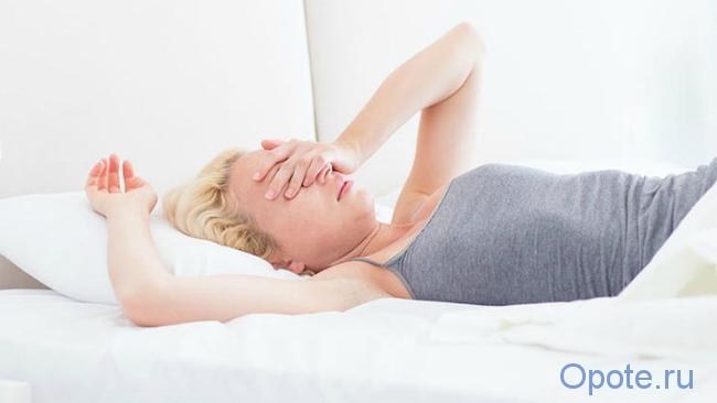 От чего потеют ночью во сне женщины