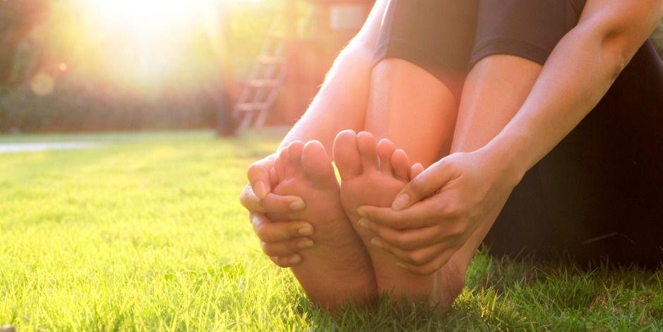 Первая помощь при потливости ног