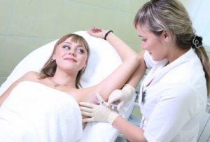 Косметологическое лечение гипергидроза подмышек