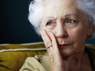 Почему потеют женщины в пожилом возрасте