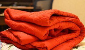 Очень теплое одеяло, постельные принадлежности